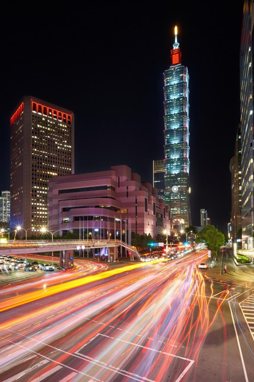 blur-building-city-1717862