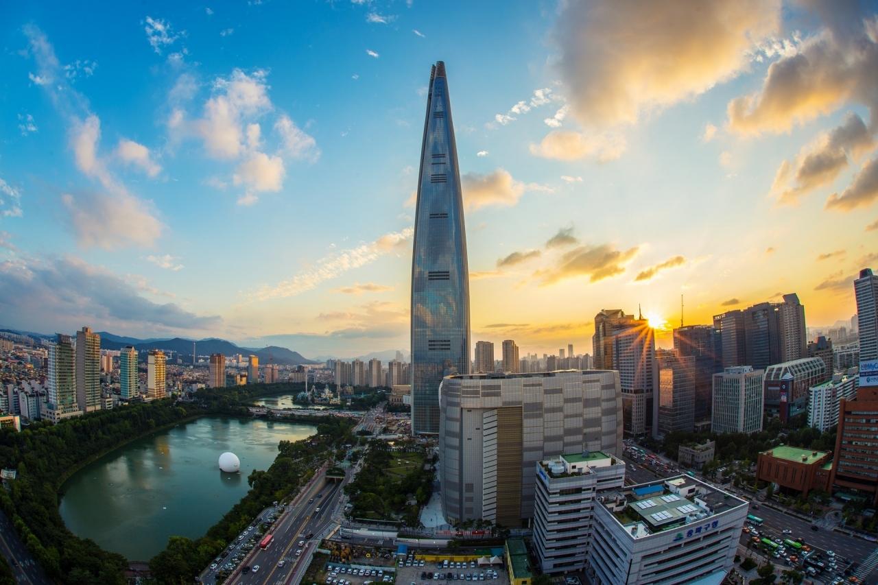 architecture-buildings-city-237211